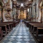 prague-church-aisle